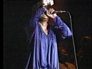 Shirley Caesar - Jesus I Love Calling Your Name